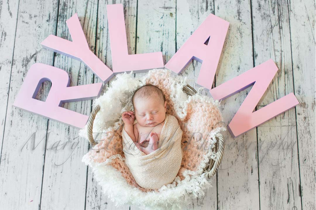 newborns_wide_0000s_0005_ZQ8A8070